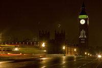 Неизвестный расстрелял трех девушек на западе Лондона. london