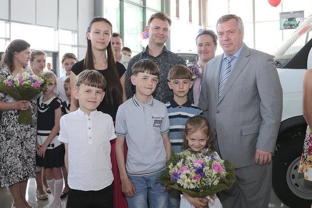 В 2015 году многодетным семьям выделят 13 миллиардов рублей. 307373.jpeg