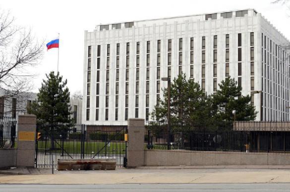 Неизвестный вертолет атаковал посольство России в США. 384374.jpeg