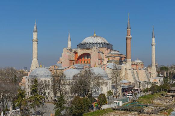 Эрдоган предложил сделать собор Святой Софии мечетью для удобства туристов.