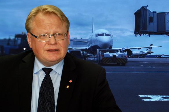 На борту самолета, которым должен был лететь министр Швеции, про