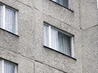 Младенец выжил при падении с 7-го этажа
