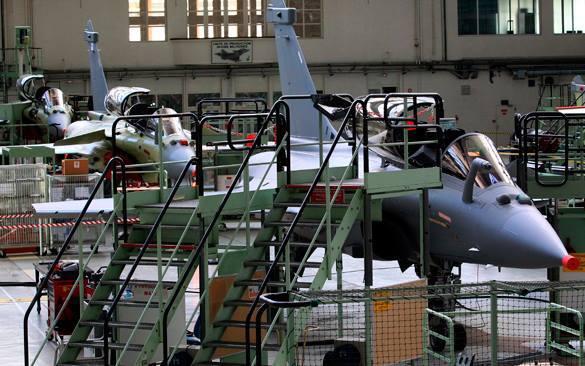 Франция готовится увеличить военные расходы, глядя на военный бюджет Германии. Союз европейцев, что уж там... 316376.jpeg