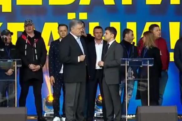 Порошенко и Зеленский встретились на предвыборных дебатах.