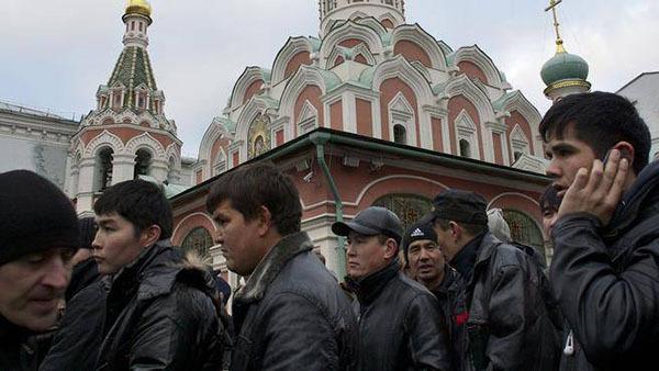 Смена лиц мигрантов в России: вместо таджиков к нам едут украинцы и молдаване. 308380.jpeg