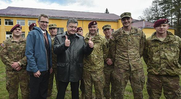 Американские военные поражены: украинские солдаты неспособны на элементарные действия. Украинско-американские учения