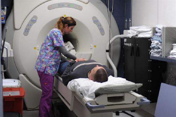 Аппарат МРТ засосал и убил мужчину во время обследования. Аппарат МРТ засосал и убил мужчину во время обследования