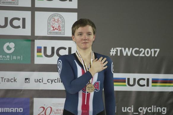 23-летняя чемпионка мира по велоспорту покончила жизнь самоубийством. 400381.jpeg