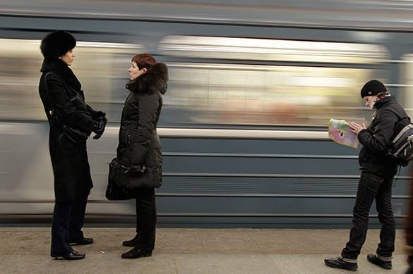 в метро Киева объяснили русские надписи на турникетах