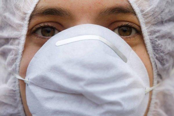 Австралийские ученые: тканевые маски не защищают, а, наоборот, способствуют заражению вирусами. Тканевые маски следует запретить - ученые