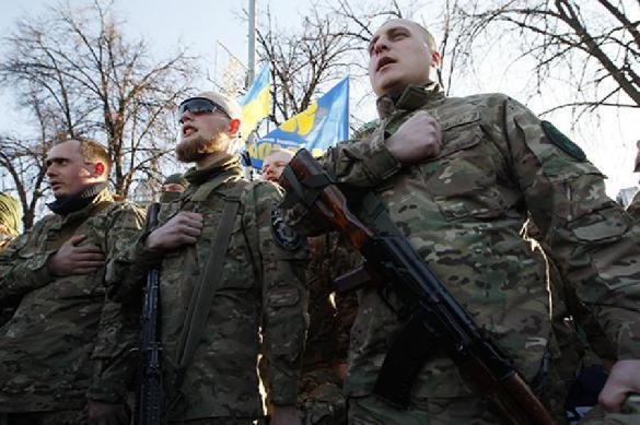 В Киеве националисты вновь громят российские офисы. В Киеве националисты вновь громят российские офисы