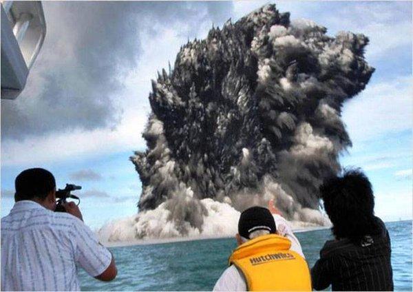 Подводный вулкан подарил тихоокеанскому острову новую жизнь. 314384.jpeg