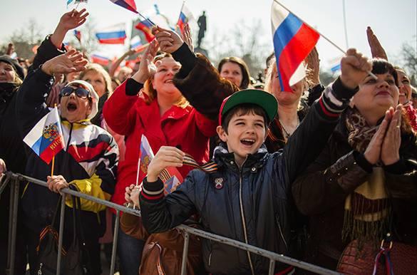 Владимир Джабаров: Соцопросы среди крымчан заставят Запад признать Крым частью России. Крым