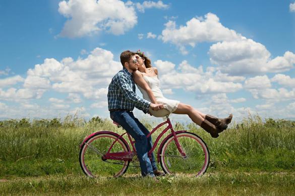 Выяснено, что такое любовь с первого взгляда на самом деле. 380384.jpeg