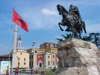 Албанские кланы идут в НАТО