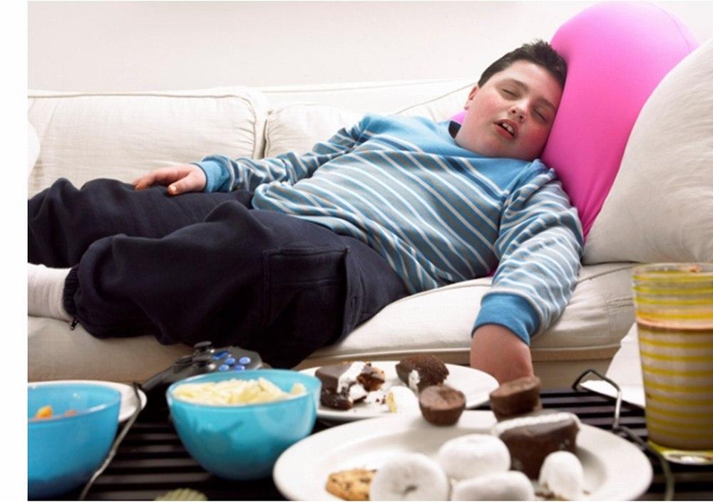 Найдена связь между храпом и ожирением у детей