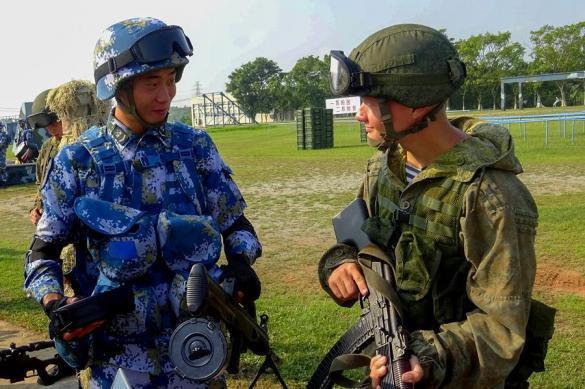 Министр обороны Китая решил показать США тесную связь армий КНР и России. 385385.jpeg