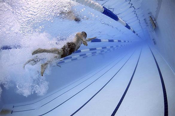 Мочи в бассейнах больше, чем в канализации