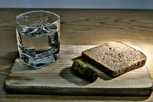 Хлеб и водка вошли в число самых популярных у россиян товаров