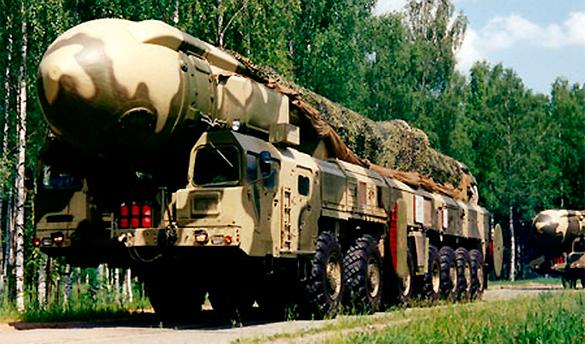"""Поставки оружия Украине вызовут """"ядерный"""" ответ России. тополь-м, ракетный комплекс"""