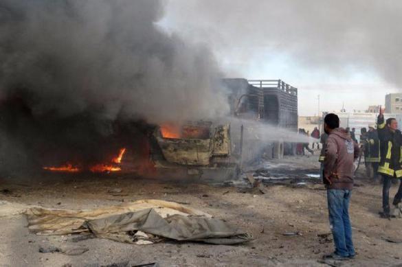 Соцсети: удары ВКС России остановили турецкий конвой в Сирии. 382399.jpeg