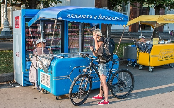 Уличную торговлю в Москве пересаживают на тележки. 399399.jpeg