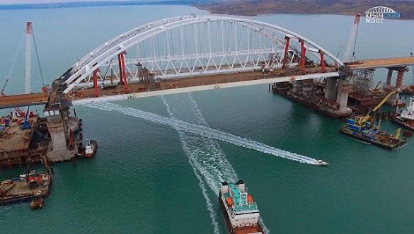 Железнодорожные пролеты Крымского моста соединили над Керченским проливом. 401400.jpeg