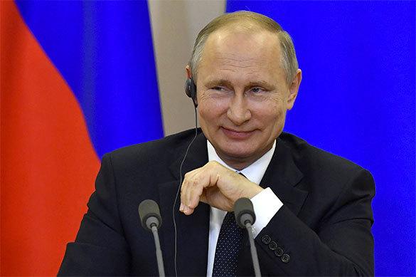 Президенты вСША изменяются, аполитика нет— Путин