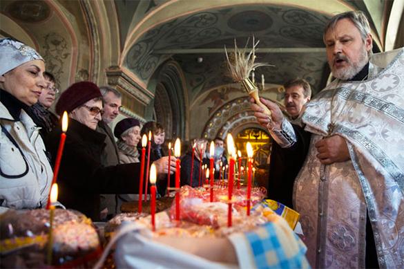 Социологи: В России укрепляются позиции церкви, но страна остается светской. церковная служба, православие