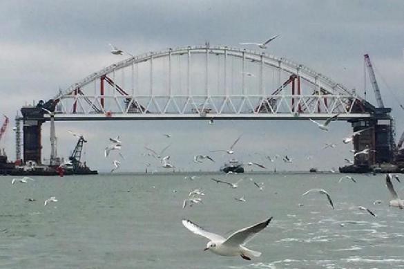 Украинский генерал помечтал о ракетных атаках на Крымский мост. крымский мост