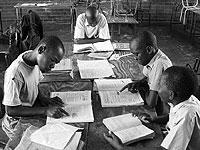 Студент из Зимбабве проведет 130-часовую лекцию