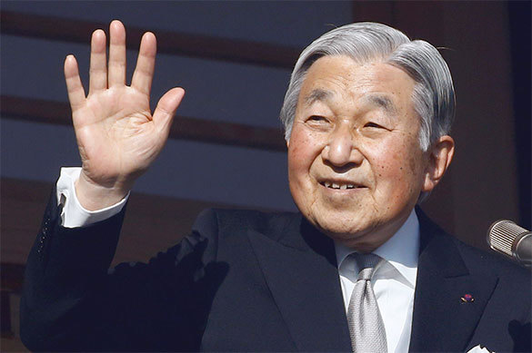 Императору Японии разрешили отречься от престола