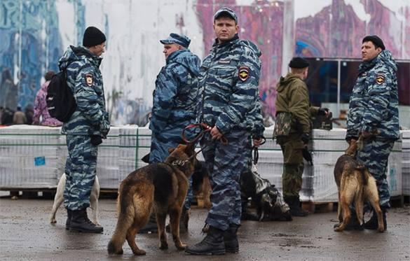 В Москве снова эвакуируют людей — на этот раз из торговых центров. В Москве снова эвакуируют людей — на этот раз из торговых центро