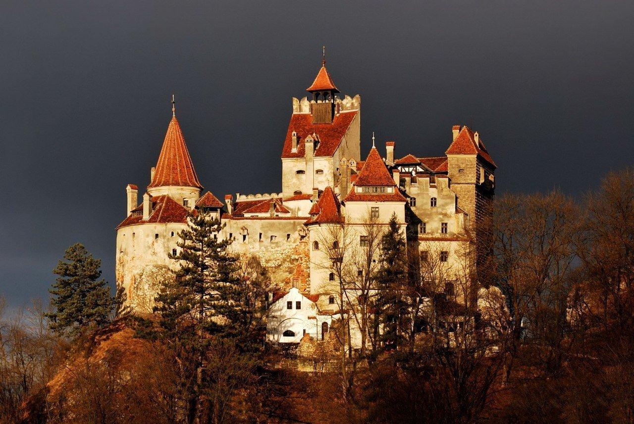 На родину Дракулы, где в жилах стынет кровь. Замок Дракулы в Румынии