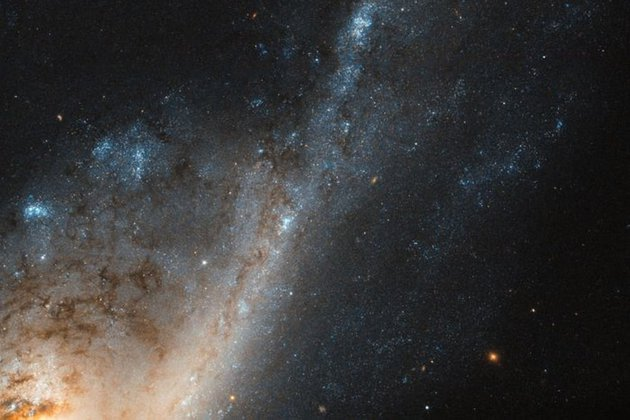 Астрономы зафиксировали взрыв новорожденной звезды Читайте больш