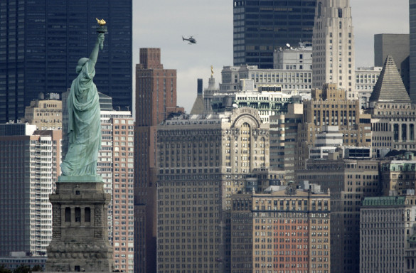 Владимир Брутер: США душат Европу, чтобы ни у кого не возникало желание поднимать голову.