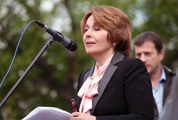 СМИ: Оксана Дмитриева подозревается в фальсификации и покинет партию. Оксана Дмитриева покинет партию