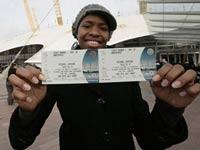 Организаторы концертов Джексона до сих пор продают на них билеты