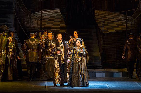 Опера Макбет: Зло побеждает добро?