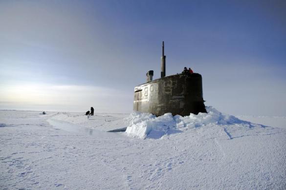 Подлодки США всплыли в Арктике для учебного залпа по России. Подлодки США всплыли в Арктике для учебного залпа по России