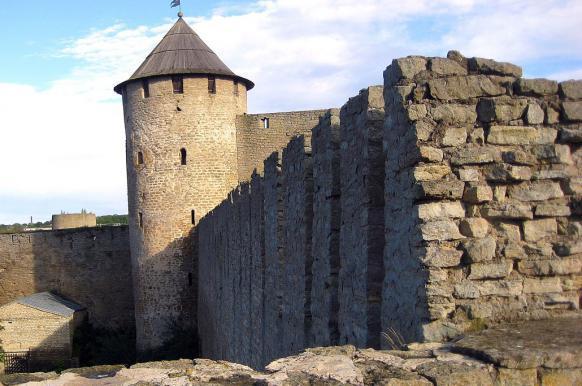 Правительство Эстонии может заявить претензии на Ивангород.