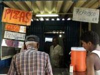 Власти Кубы закрывают рабочие столовые