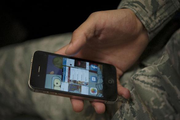 Названы реальные причины запрета смартфонов в армии России. Названы реальные причины
