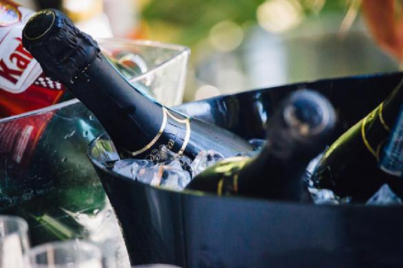 В Минфине предложили поднять минимальную цену на шампанское. 401420.jpeg
