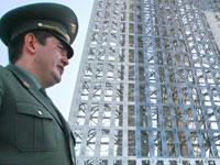 Медведев пообещал военным жилье