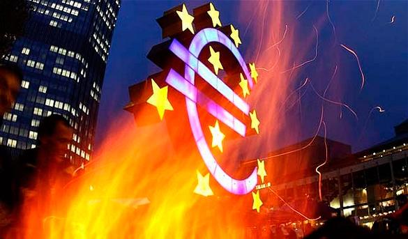 ЕЦБ не спасет: Каждый десятый европеец станет безработным. Символ евро и ЕС