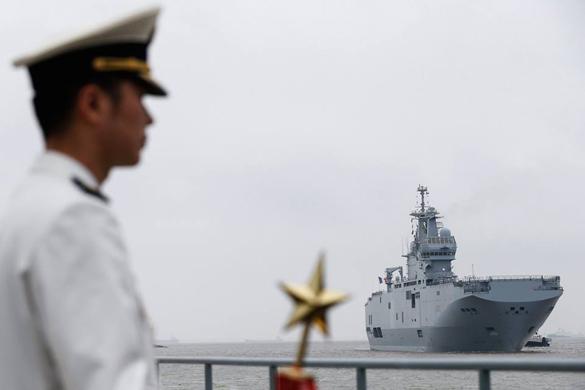 Китай познакомился с французским вертолетоносцем. Мистраль прибыл в Китай