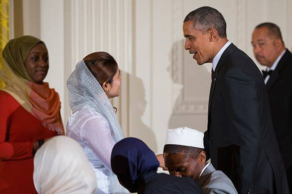 Обама пригласил в Белый дом двух радикальных антиизраильских активисток на ежегодный ужин- ифтар. 322423.jpeg