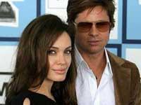Фонд Анджелины Джоли пожертвовал миллион долларов пакистанским