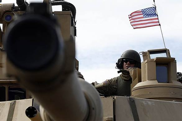 WSJ: Отправляя в Европу тяжелое вооружение, США спасает ее от российской агрессии. пушка США